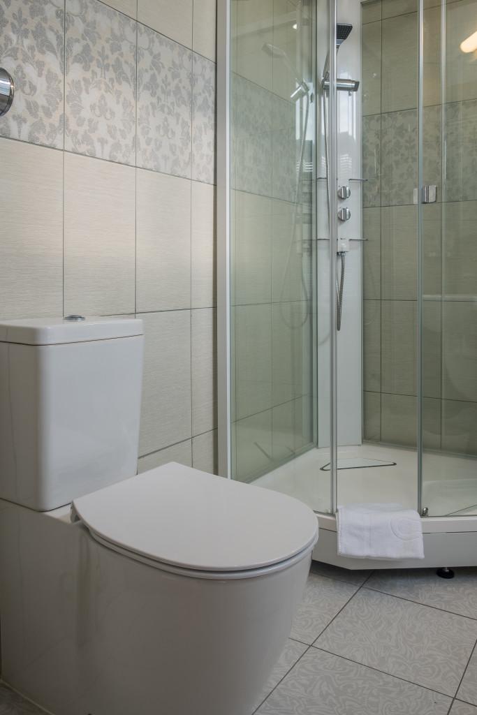 bathroom 1 28