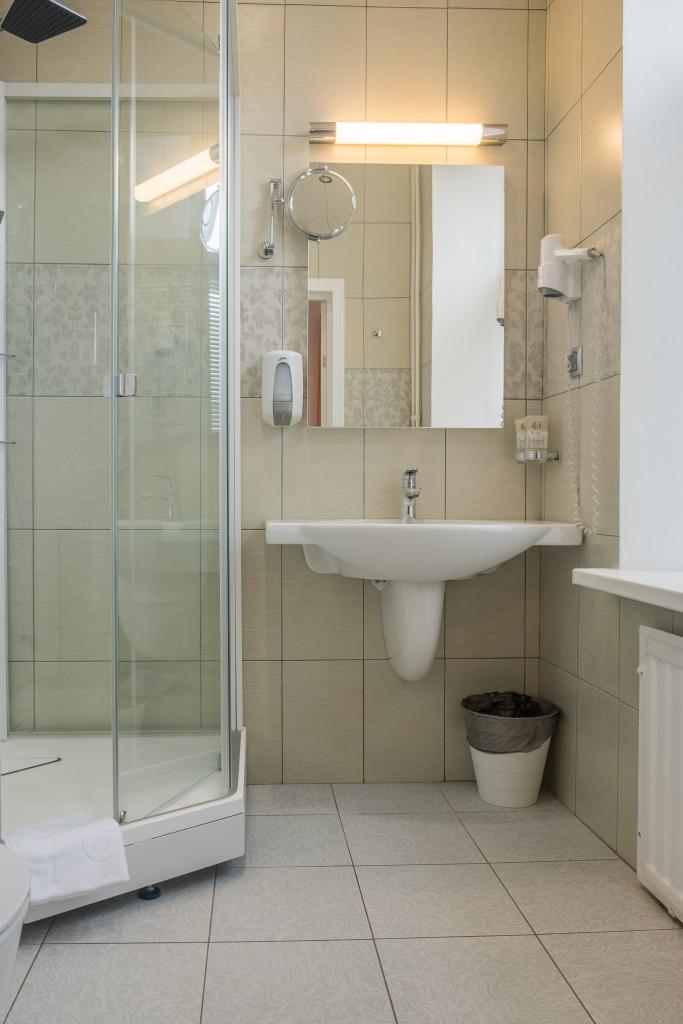 bathroom 2 28