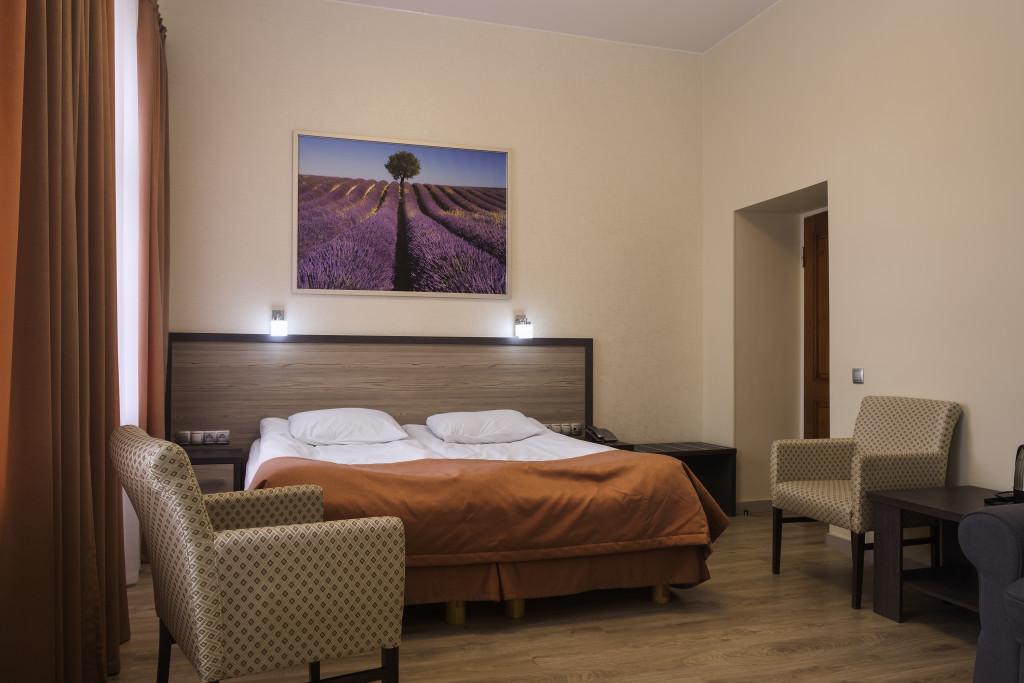 room 1 28